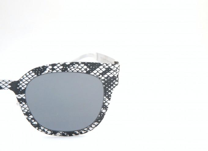 マイキータ+メゾン マルジェラ TRANSFER002  Silver/Black Python